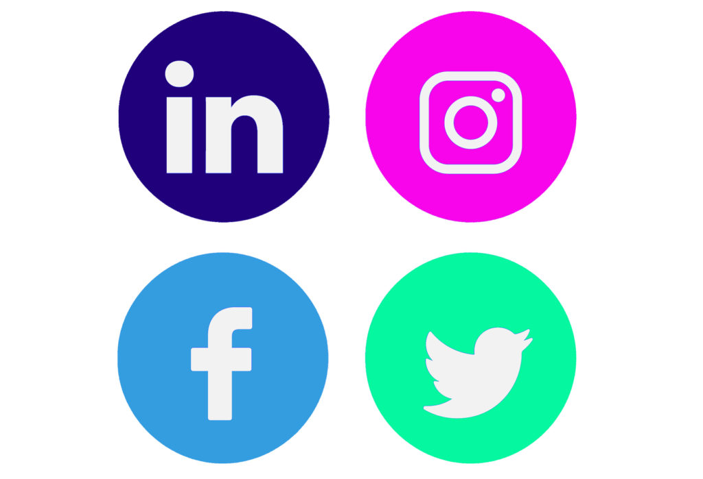 Social media: Twitter, Linkedin, Facebook e Instagram